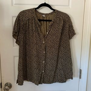 Old Navy Cheetah Button Up
